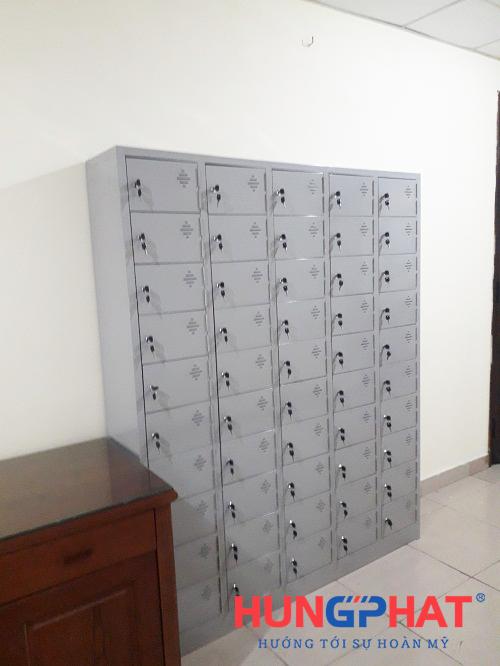 Tủ locker 50 ngăn để điện thoại tại 1B Nguyễn Tri Phương 3