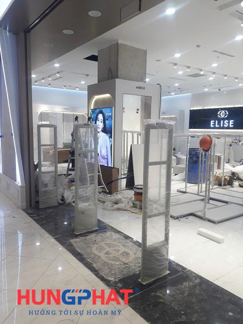 Lắp đặt 4 bộ cổng từ S2028 cho thời trang Elise tại Aeon mall, Hà Đông 2