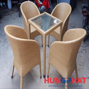 Bàn ghế cafe dạng ghế Đức