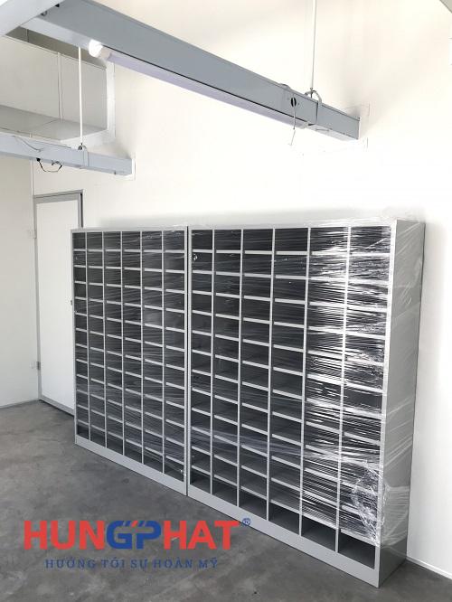Lắp đặt tủ để giày dép 78 ngăn tại công ty May Hồng Thái Quỳnh Phụ, Thái Bình1