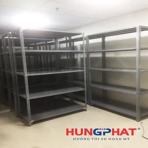 Lắp đặt số lượng lớn kệ kho 5 sàn tại khu chế xuất, Ninh Bình