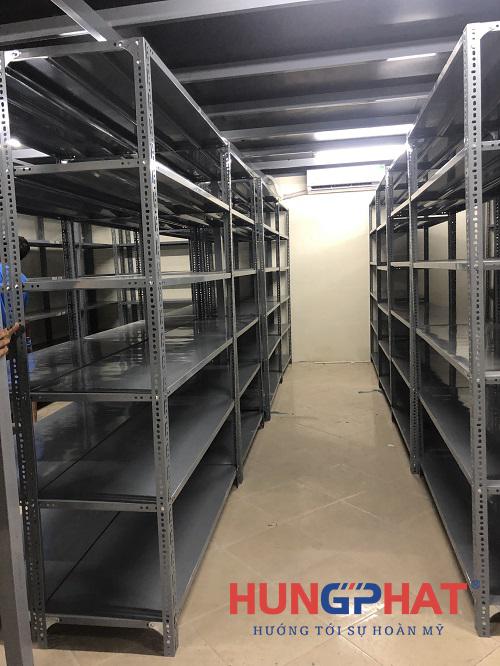 Lắp đặt 27 bộ kệ kho 6 sàn tại Tòa Nhà Thông Tấn đường Trần Hữu Dực