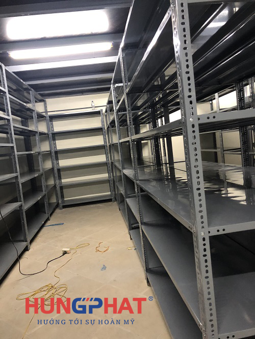 Lắp đặt 27 bộ kệ kho 6 sàn tại Tòa Nhà Thông Tấn đường Trần Hữu Dực2