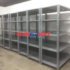 Kệ kho chứa hàng lắp đặt tại TTTM Vincom Bà Triệu