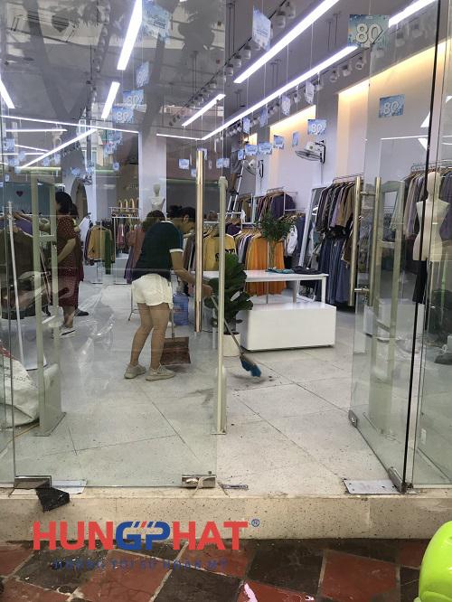 Lắp đặt cổng từ an ninh EG-1122 tại Friday Shop 47 Hồ Tùng Mậu2