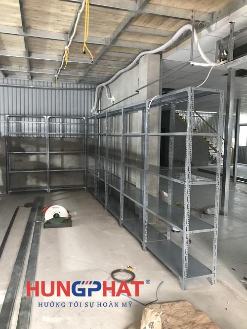 Lắp đặt 13 bộ kệ kho hàng 5 sàn tại Vân Canh, Hoài Đức2