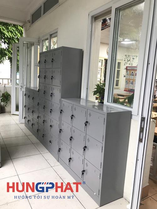 Phân phối 3 bộ tủ locker theo yêu cầu tại trường THCS Hoàn Kiếm1