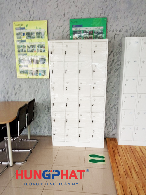 Nhận đơn hàng phân phối tủ locker 24 ngăn tại Minh Khai3