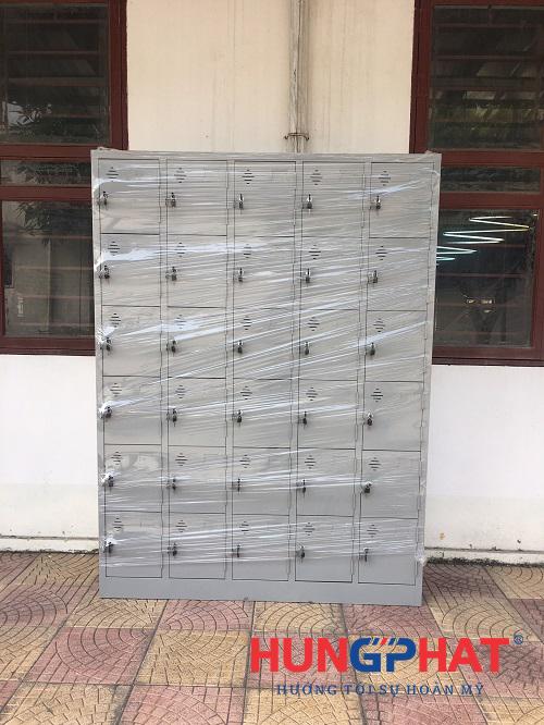 Cung cấp 7 tủ sắt locker 30 ngăn tại công ty may mặc XNK CJ Vina2