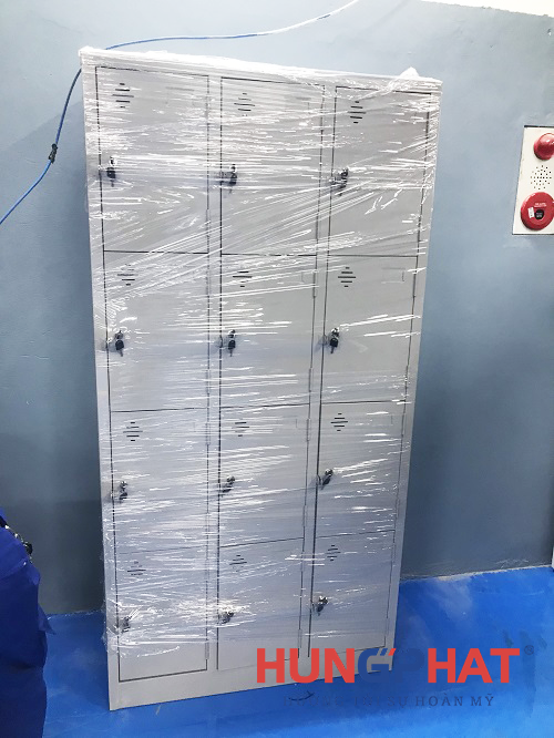 Cung cấp 4 tủ hồ sơ K8 cho Mỹ Đình Ford, đường Trịnh Văn Bô1