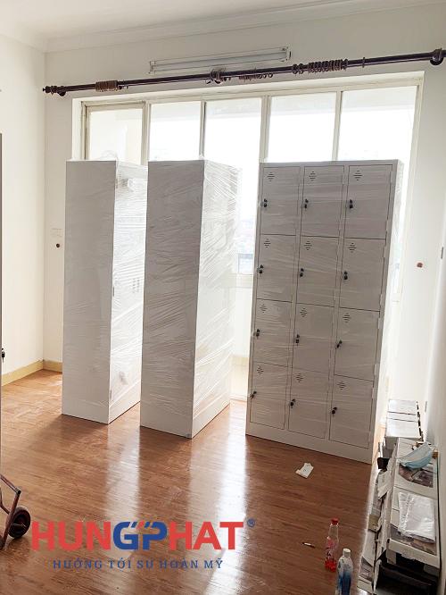 Phân phối số lượng lớn tủ locker sắt 12 ngăn tại Thanh Xuân, Hà Nội1