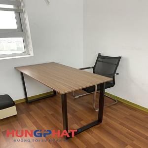 Cung cấp 10 bộ bàn văn phòng chữ U cho khách hàng tại C37 Tố Hữu