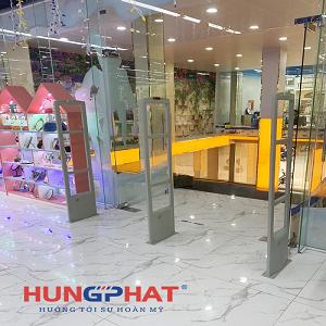 Lắp đặt cổng từ S2028 3 cánh tại Nhà sách Tiến Thọ, Bắc Giang