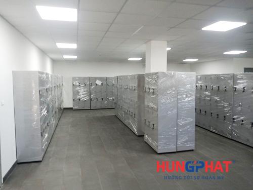 Bàn giao 85 bộ tủ locker 6 ngăn quần áo tại cảng Cái Mép, Vũng Tàu1