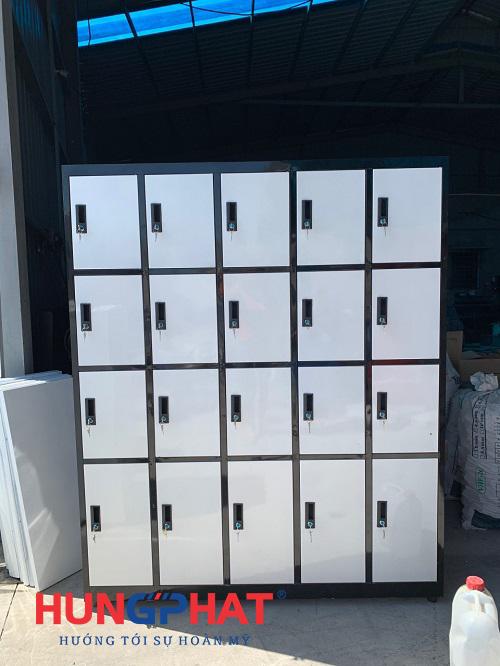 Cung ứng tủ locker 20 ngăn cho khách hàng tại Thái Bình1