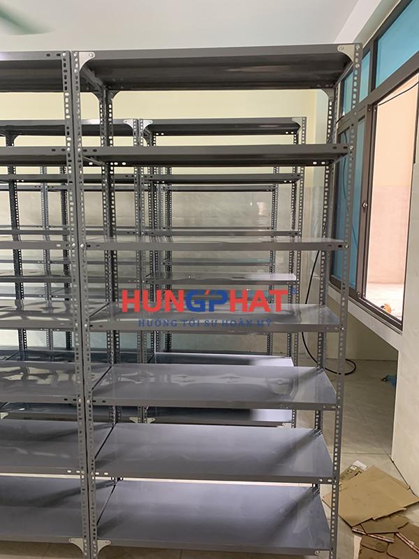 Lắp đặt 9 bộ kệ kho hàng 7 tầng tại Xuân Đỉnh