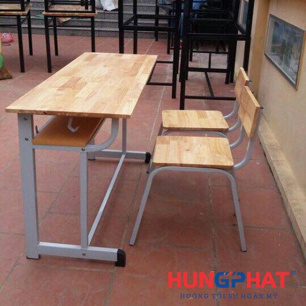 Bàn ghế học sinh gỗ cao su