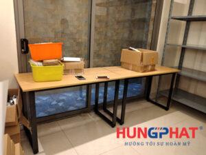 Lắp đặt bàn chân sắt chữ U  tại 82 Nguyễn Tuân
