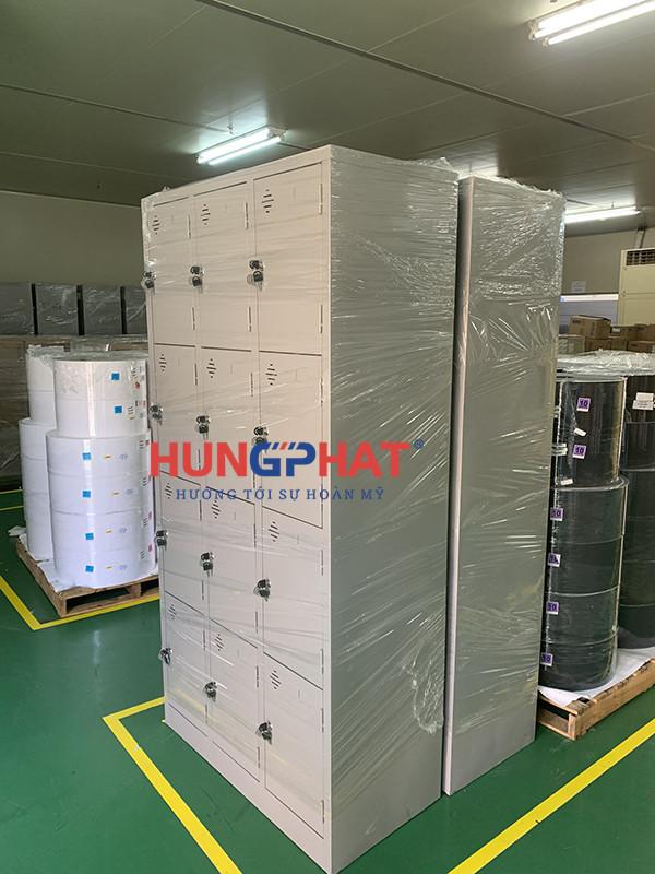 Phân Phối 20 tủ locker 12 ngăn thêm khay đến KCN Quang Minh